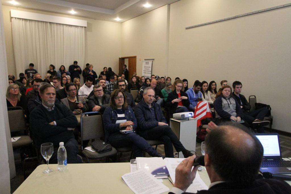 Forum das Comunitárias ocorreu no Hotel Intercity